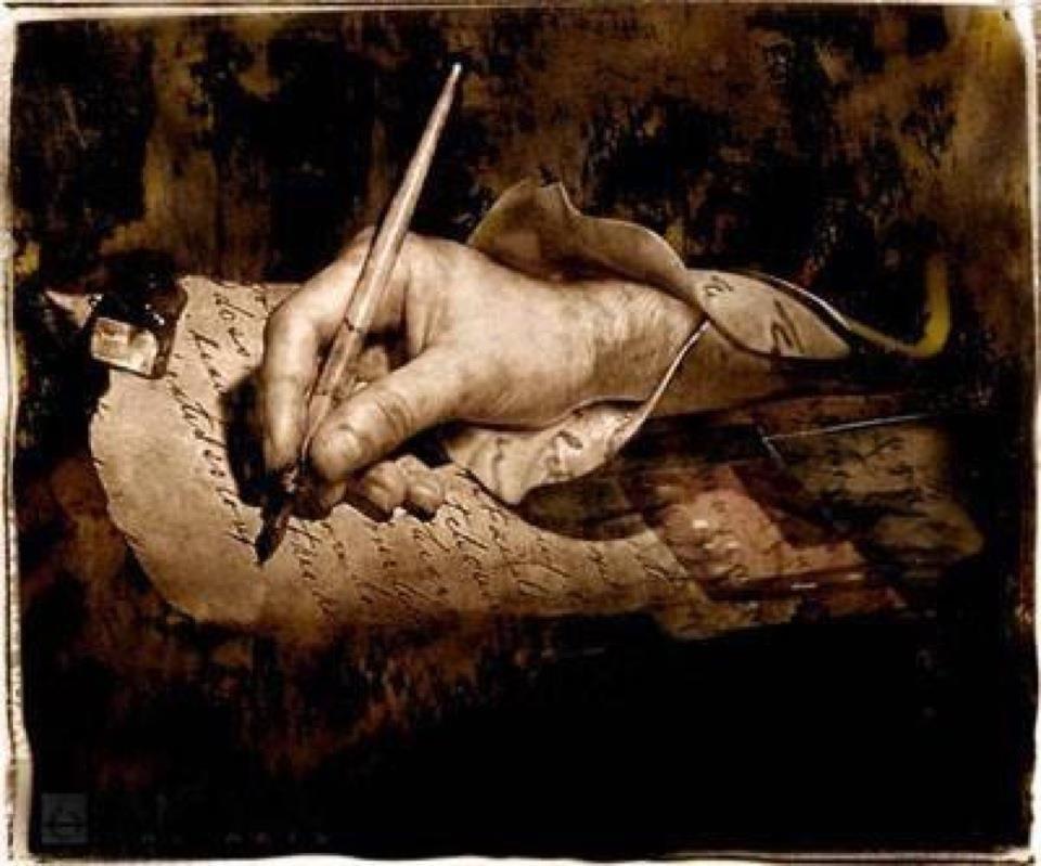 mano que escribe