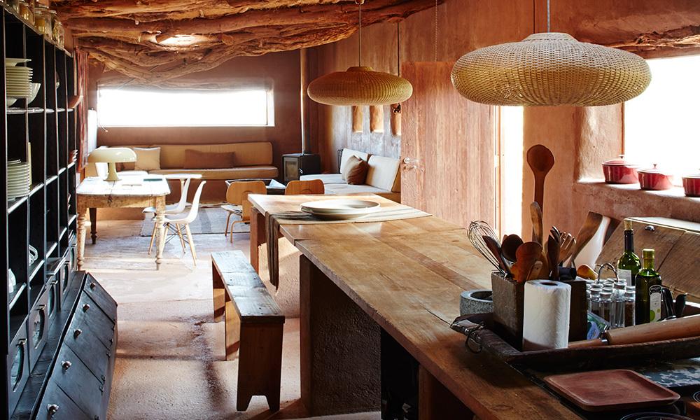 cocina-refugio-en-el-desierto-1000x600